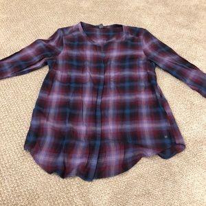 Eddie Bauer button up blouse